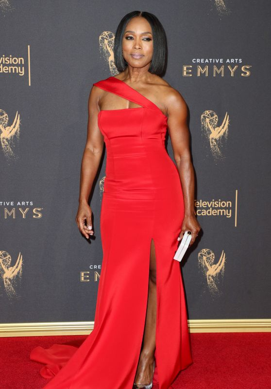 Angela Bassett – Creative Arts Emmy Awards in Los Angeles 09/10/2017