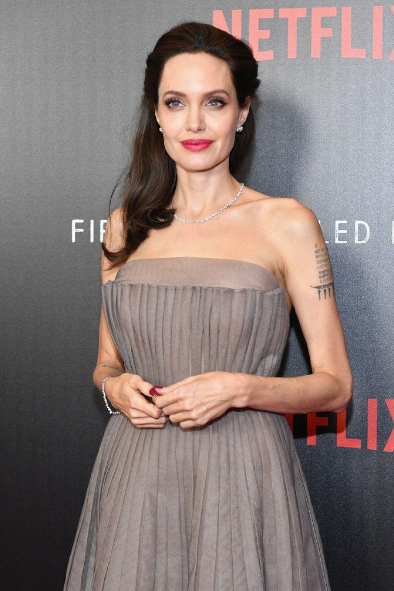 Angelina Jolie Latest Photos - CelebMafia Angelina Jolie