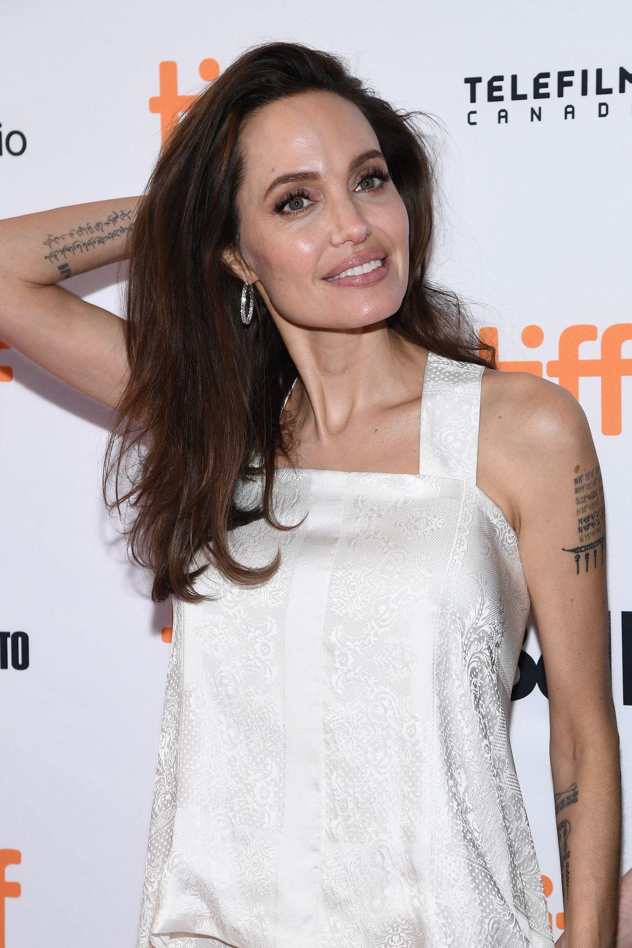 Angelina Jolie - &quot...