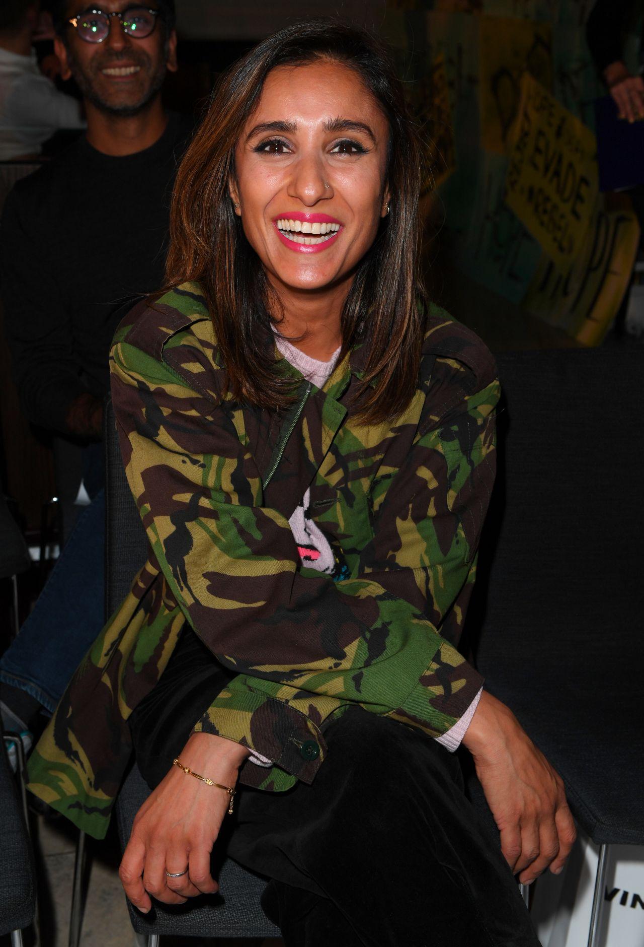 Laura wright vinomi fashion show in london new foto
