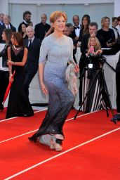 Annette Bening – Venice Film Festival Closing Ceremony 09/09/2017