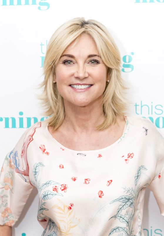 """Anthea Turner - """"This Morning"""" TV Show in London 09/01/2017"""