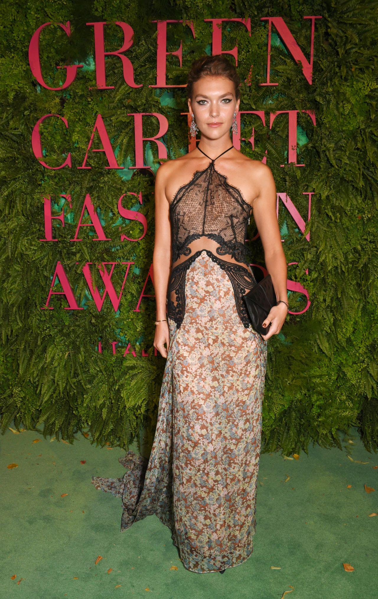 Arizona Muse Green Carpet Fashion Awards Italia 2017