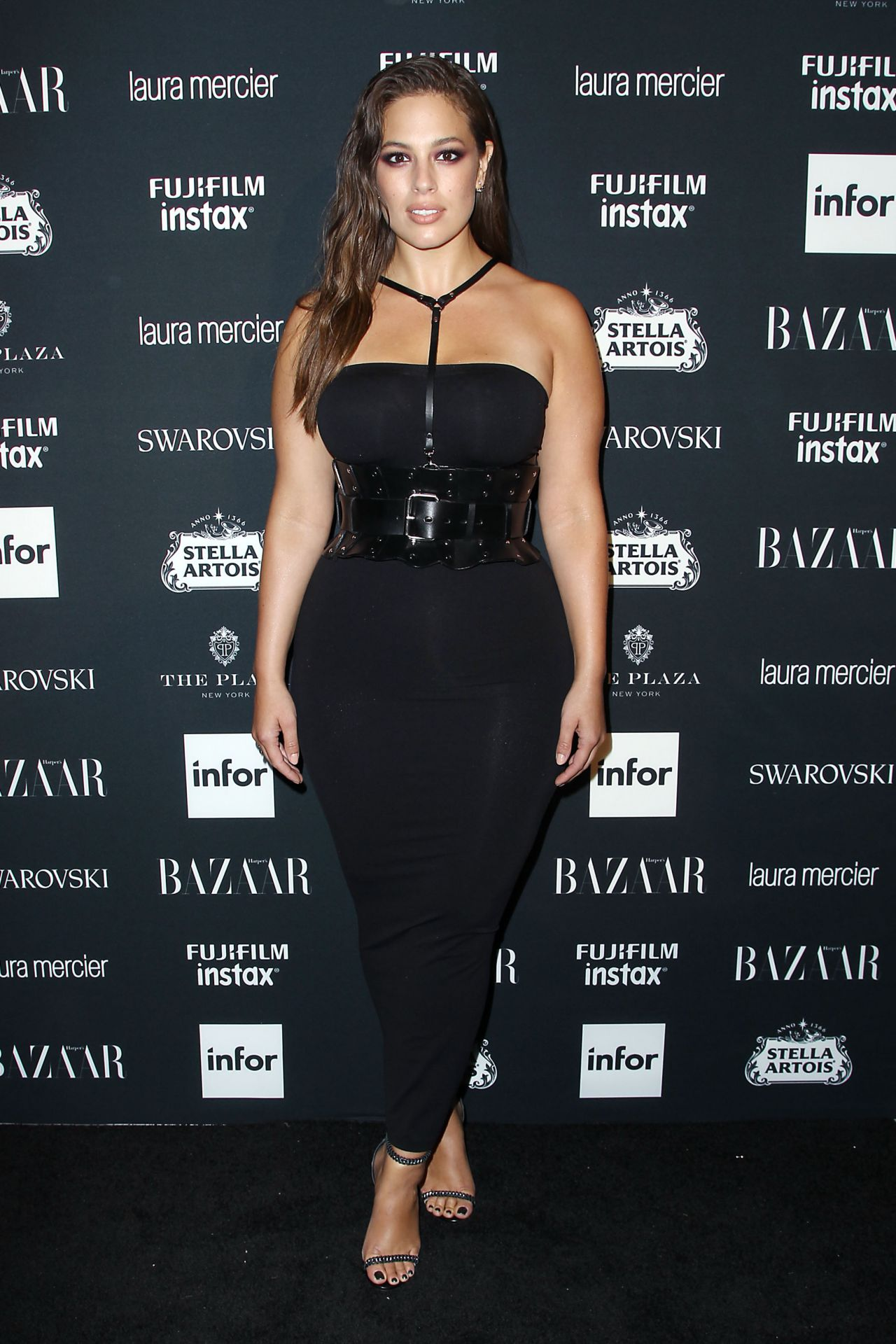 Ashley Graham – Harper's Bazaar ICONS Party in New York 09/08/2017