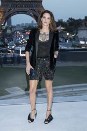 Asia Argento – Saint Laurent Fashion Show in Paris 09/26/2017