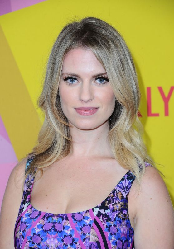 Barbara Dunkelman – 2017 Streamy Awards in Beverly Hills
