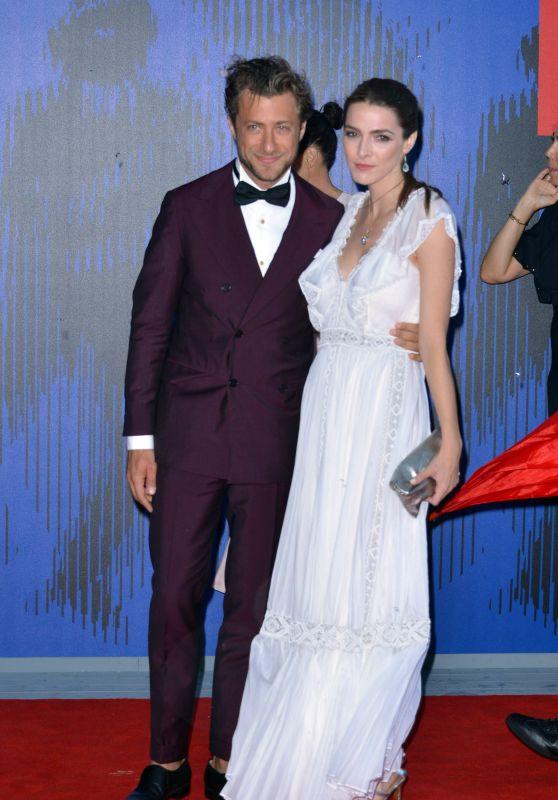 Bee Shaffer - The Franca Sozzani Award at the Venice Film Festival in Italy 09/01/2017