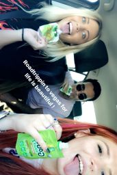 Bella Thorne - Social Media Pics 09/23/2017