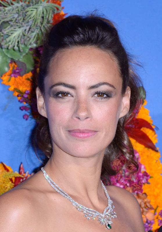 Berenice Bejo – Opera National de Paris Opening Season Gala 09/21/2017
