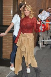 """Candace Cameron Bure - Arriving to Appear on """"The View"""" in NYC 09/18/2017"""