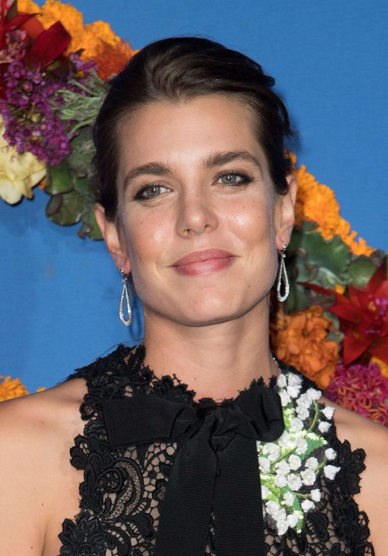 Charlotte Casiraghi – Opera National de Paris Opening Season Gala 09/21/2017