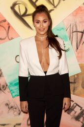 Chloe Goodman – Vin+Omi Fashion Show in London 09/12/2017