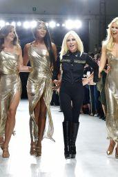 Cindy Crawford, Claudia Schiffer, Naomi Campbell, Carla Bruni – Versace Show in Milan 09/22/2017