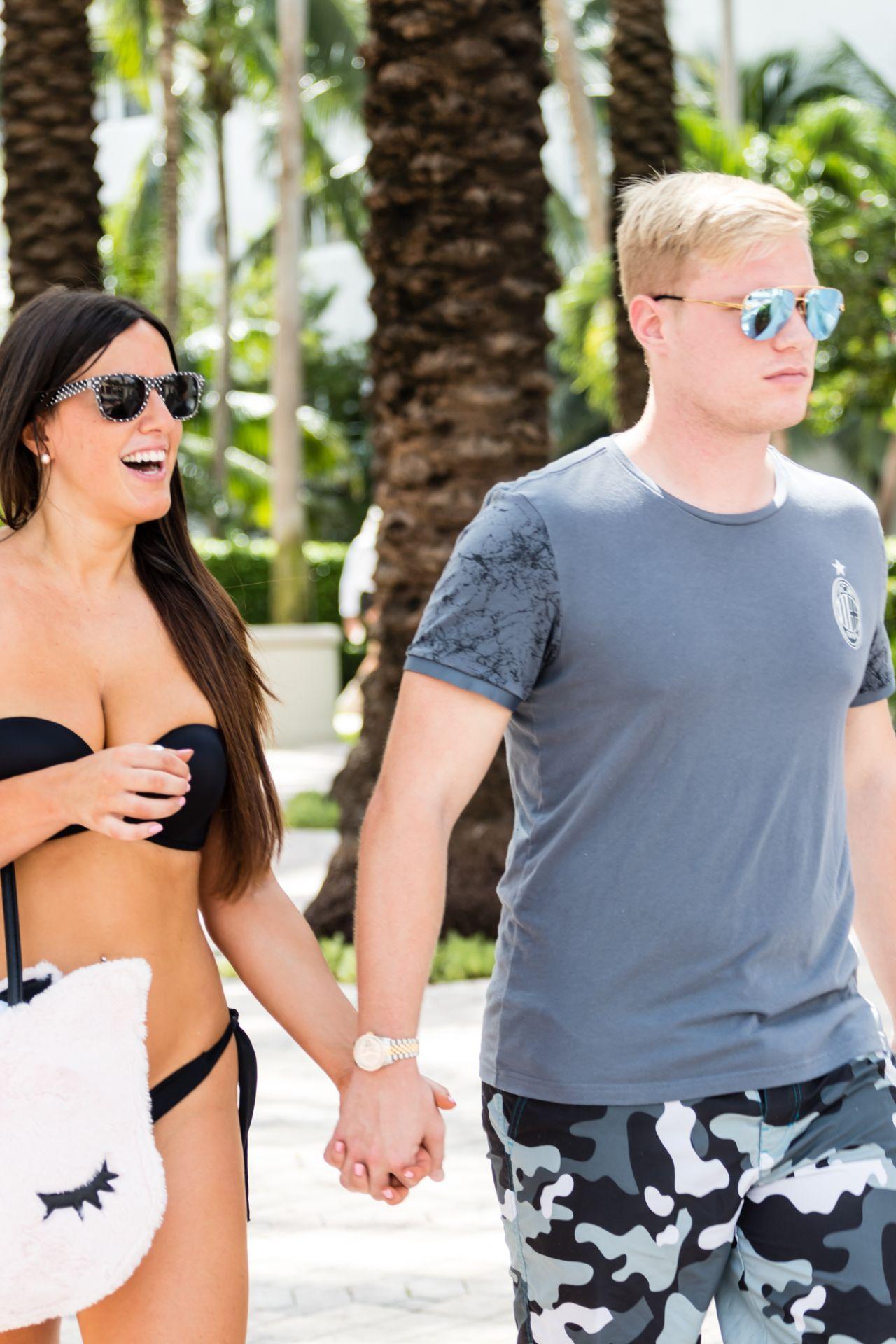 Claudia Romani and Boyfriend - South Beach in Miami 09/03/2017