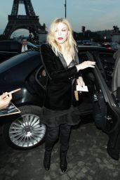 Courtney Love – Saint Laurent Fashion Show in Paris 09/26/2017
