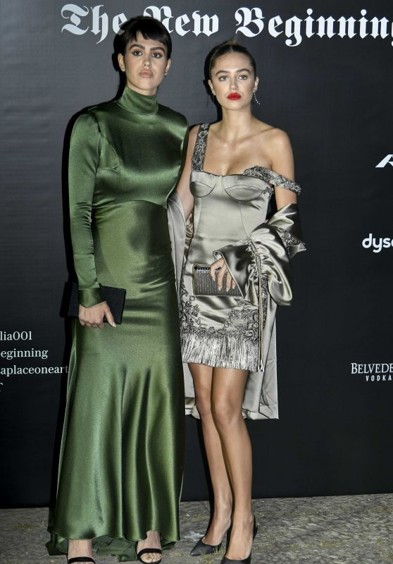 Delilah Hamlin – Vogue Italia Party in Milan 09/22/2017