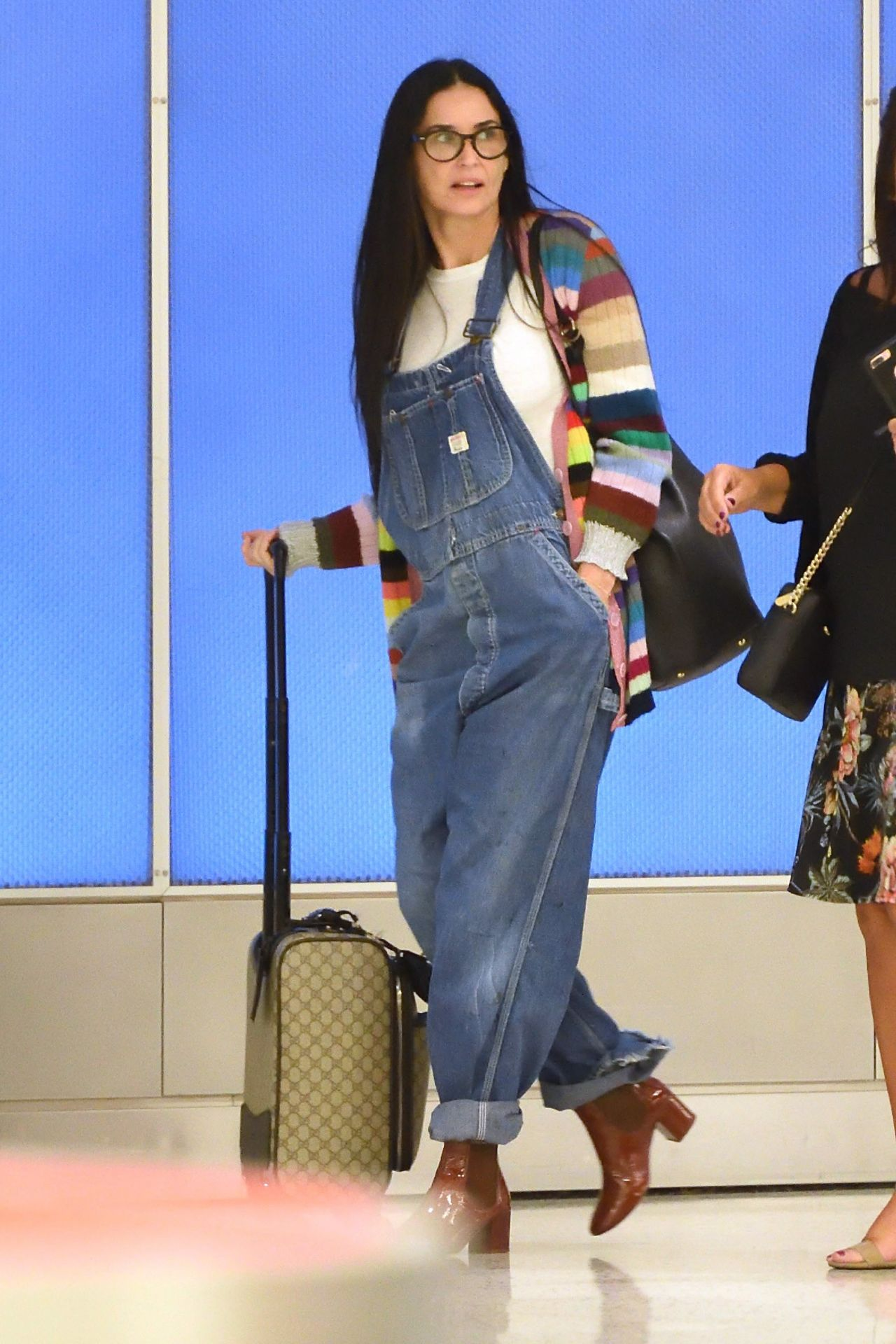 Demi Moore in Travel Outfit