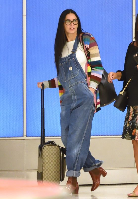 Demi Moore in Travel Outfit - Arriving to JFK Airport in NYC 09/21/2017