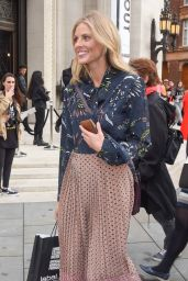 """Donna Air - Fashion Scout """"One To Watch"""" Show in London 09/15/2017"""