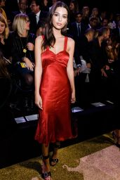 Emily Ratajkowski - Etam Live Fashion Show in Paris 09/26/2017