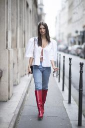 Emily Ratajkowski Style and Fashion Inspirations - Paris 09/27/2017