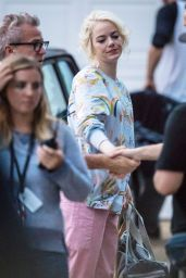 "Emma Stone - Shooting Scenes on the Set of ""Maniac"" in NYC 09/19/2017"