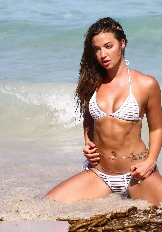 Erika Costell Bikini Photoshoot - Miami Beach 09/01/2017