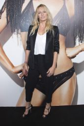 Estelle Lefebure – Etam Fashion Show in Paris 09/26/2017