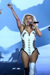 Fergie - Performs at Rock in Rio in Rio de Janerio 09/16/2017