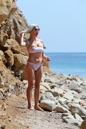 Frenchy Morgan in Bikini - Celebrates Her 42nd Birthday in Malibu 09/22/2017
