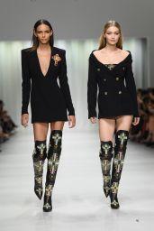 Gigi Hadid – Versace Show in Milan 09/22/2017