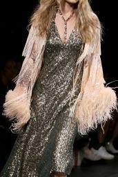 Gigi Hadid Walks Anna Sui Show – New York Fashion Week 09/11/2017