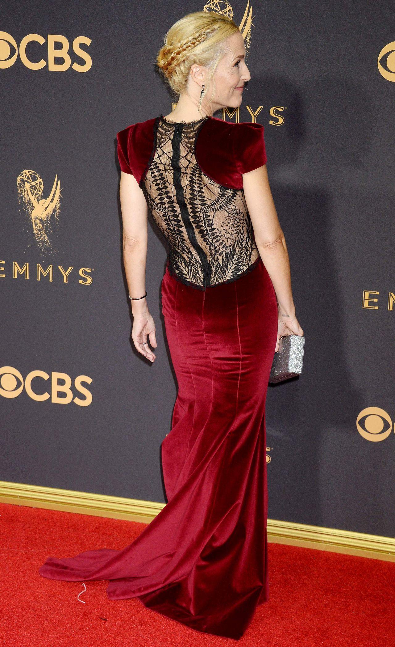 Gillian Anderson Emmy Awards In Los Angeles 09 17 2017