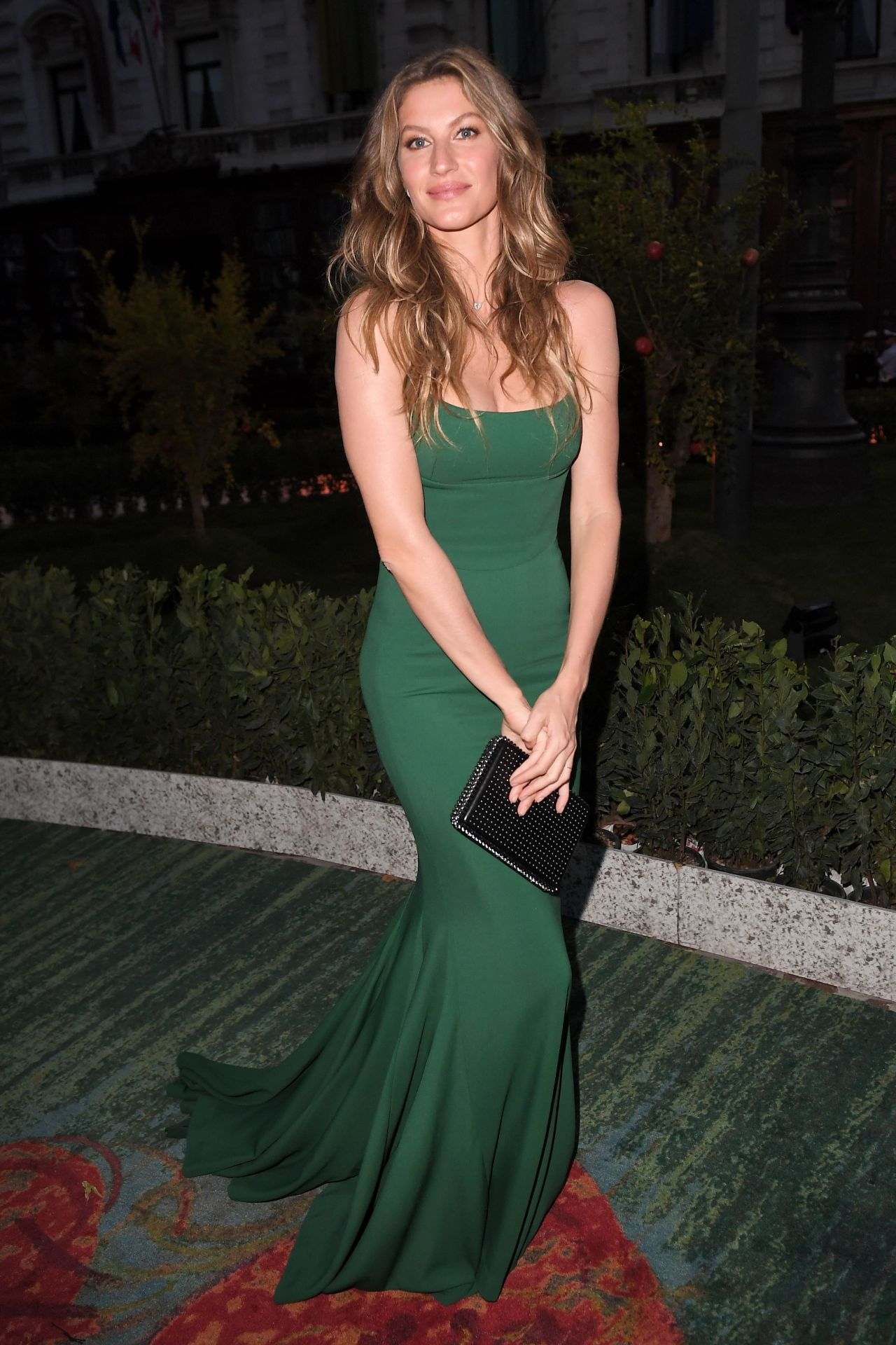 Gisele Bundchen Green Carpet Fashion Awards Italia 2017