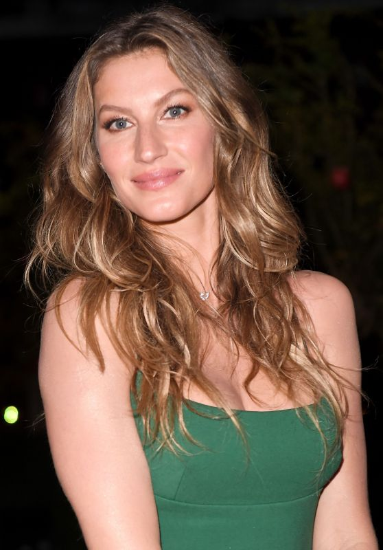 Gisele Bundchen – Green Carpet Fashion Awards, Italia 2017