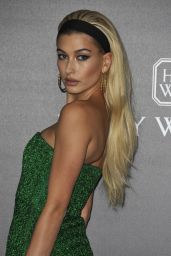Hailey Baldwin – amfAR Gala Milano Red Carpet in Milan, Italy 09/21/2017