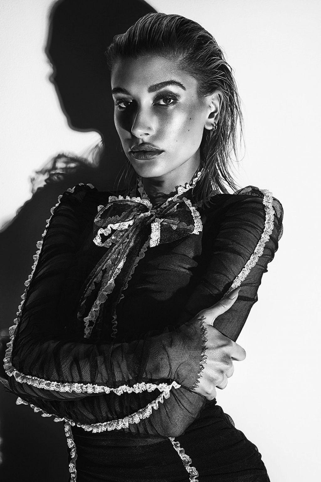 Communication on this topic: Isabeli fontana 2019, hailey-baldwin-fashion-magazine-october-2019-issue/