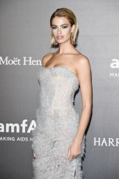Hailey Clauson – amfAR Gala Milano Red Carpet in Milan, Italy 09/21/2017