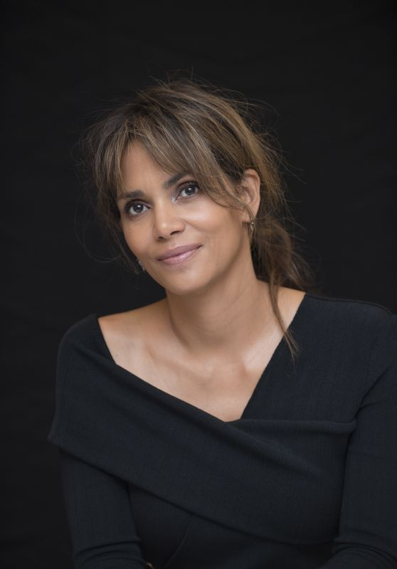"Halle Berry – ""Kingsman: The Golden Circle"" Press Conference in London 09/18/2017"