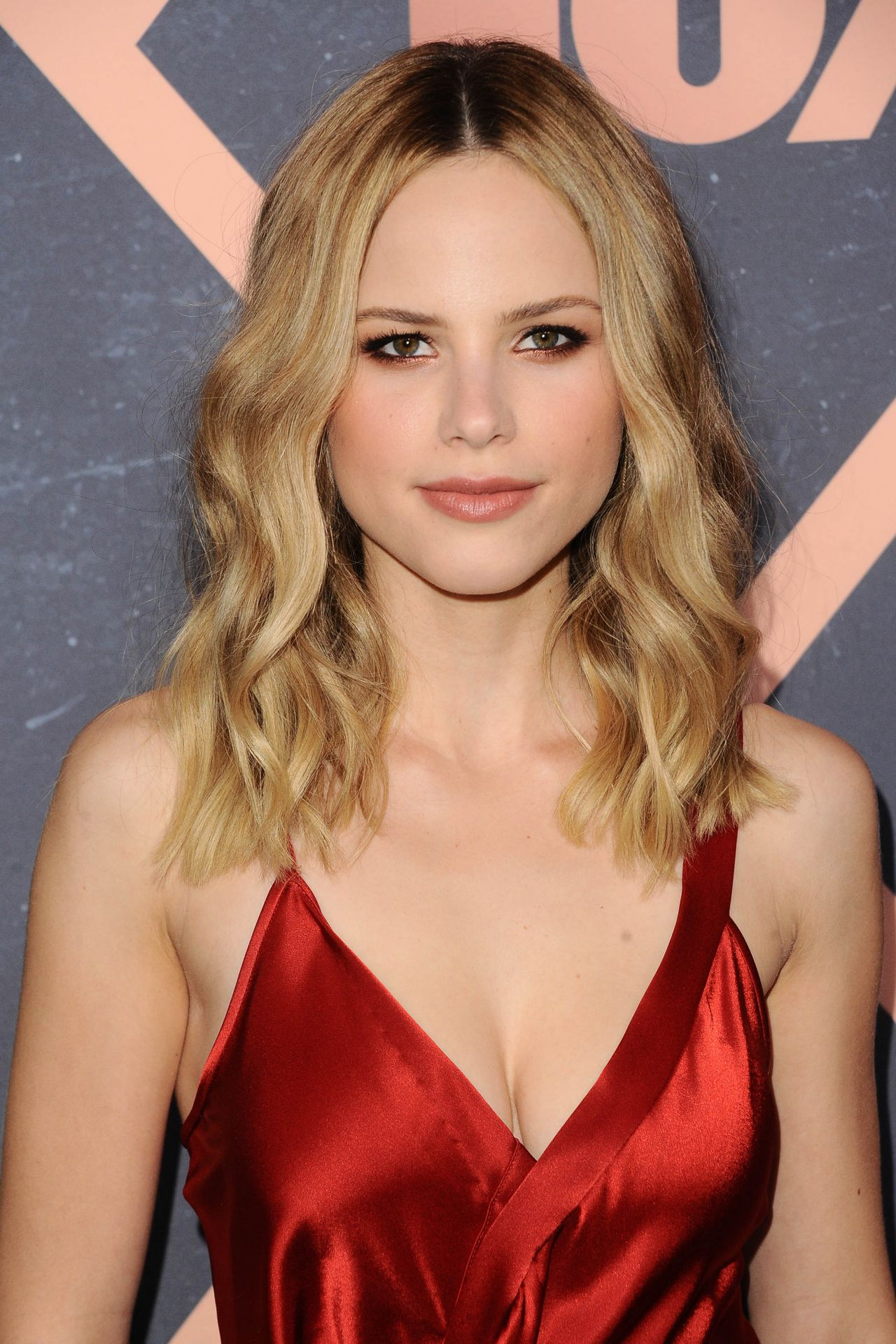 Halston Sage Fox Fall 2017 Premiere Party Celebration In