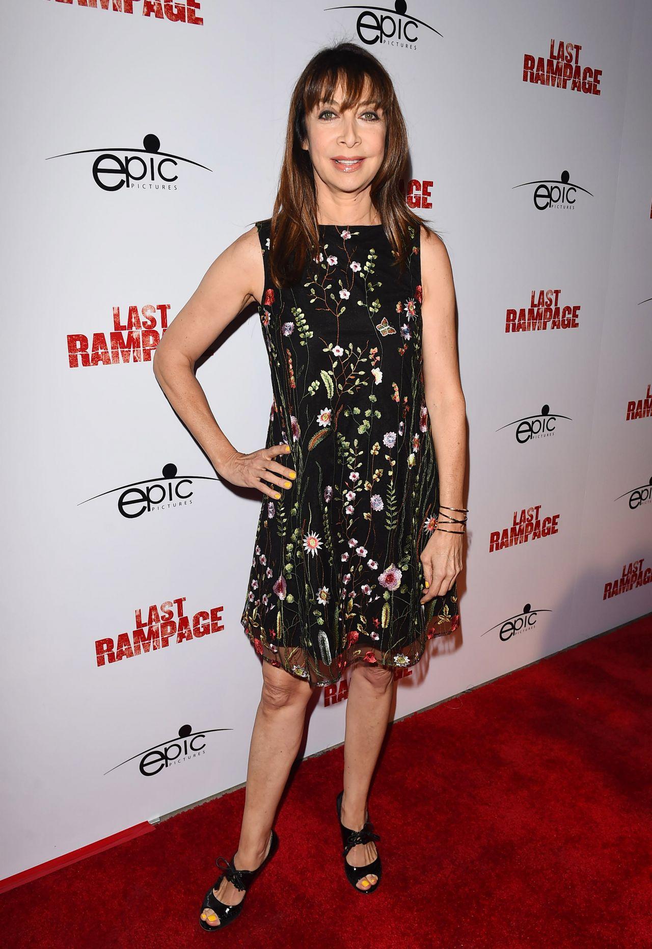 "Illeana Douglas – ""The Last Rampage"" Movie Premiere in Los Angeles 09/21/2017"