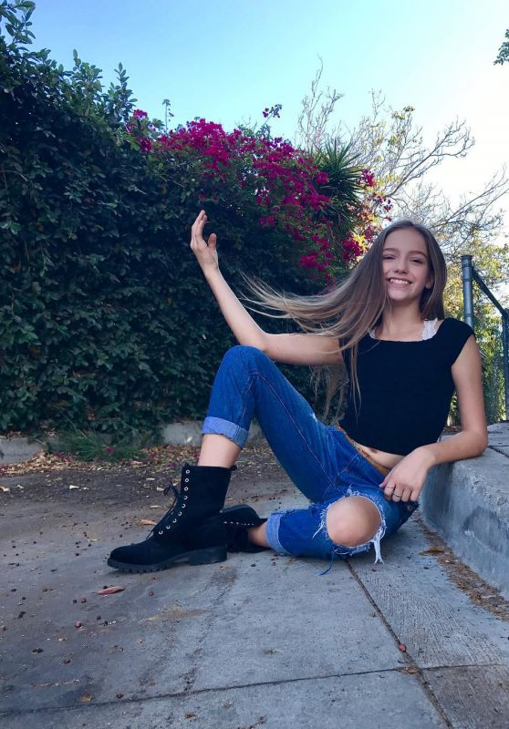 Jayden Bartels - Social Media Pics 09/25/2017