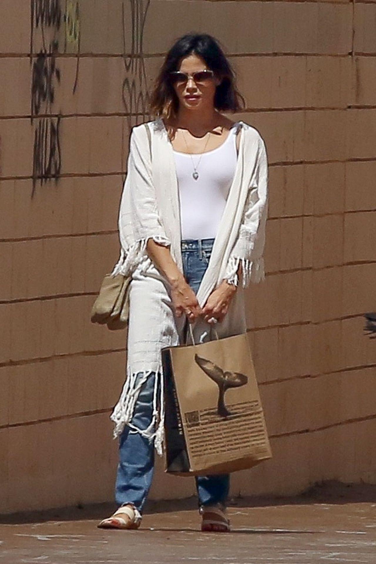 Jenna Dewan Tatum - Enjoys a Day in Studio City, CA 09/11/2017