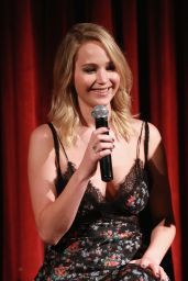 "Jennifer Lawrence - ""Mother!"" Official Academy Screeningin in NYC 09/21/2017"