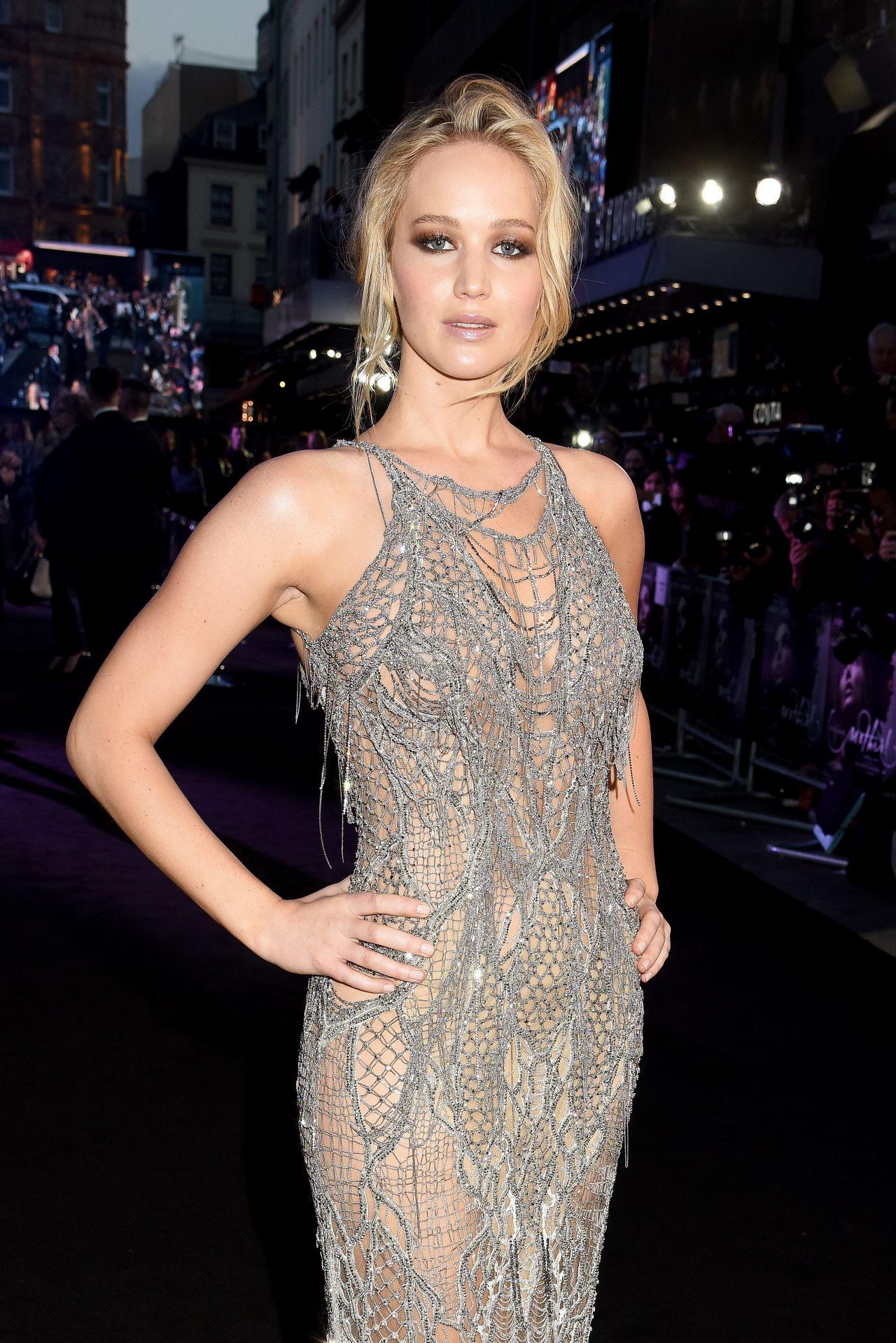 """Jennifer Lawrence - """"Mother"""" Premiere in London, UK 09/06/2017"""