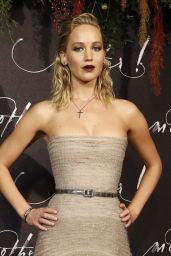 "Jennifer Lawrence - ""Mother"" Premiere in Paris 09/07/2017"