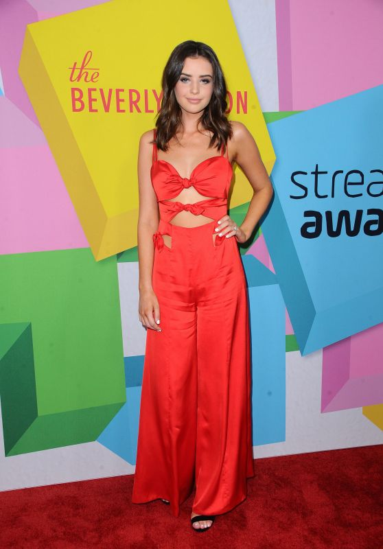 Jess Bauer – 2017 Streamy Awards in Beverly Hills