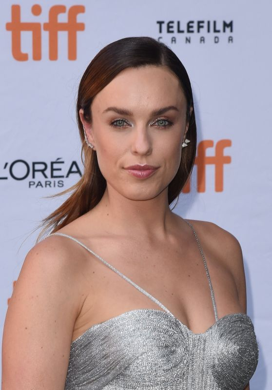 "Jessica McNamee – ""Battle of the Sexes"" Premiere in Toronto 09/10/2017"