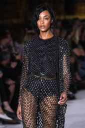 Jourdan Dunn – Walks Balmain Fashion Show in Paris 09/28/2017