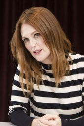 Julianne Moore at Press Conference - 42nd TIFF 09/09/2017
